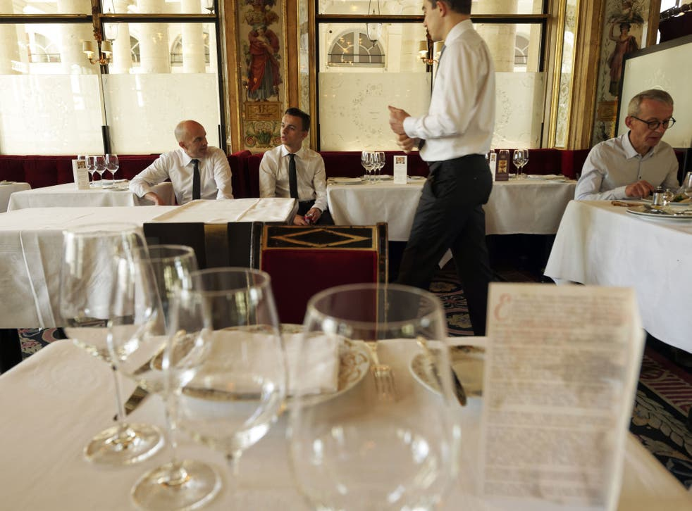 Servers hover over diners, fingers twitching, until the very instant someone puts down a fork
