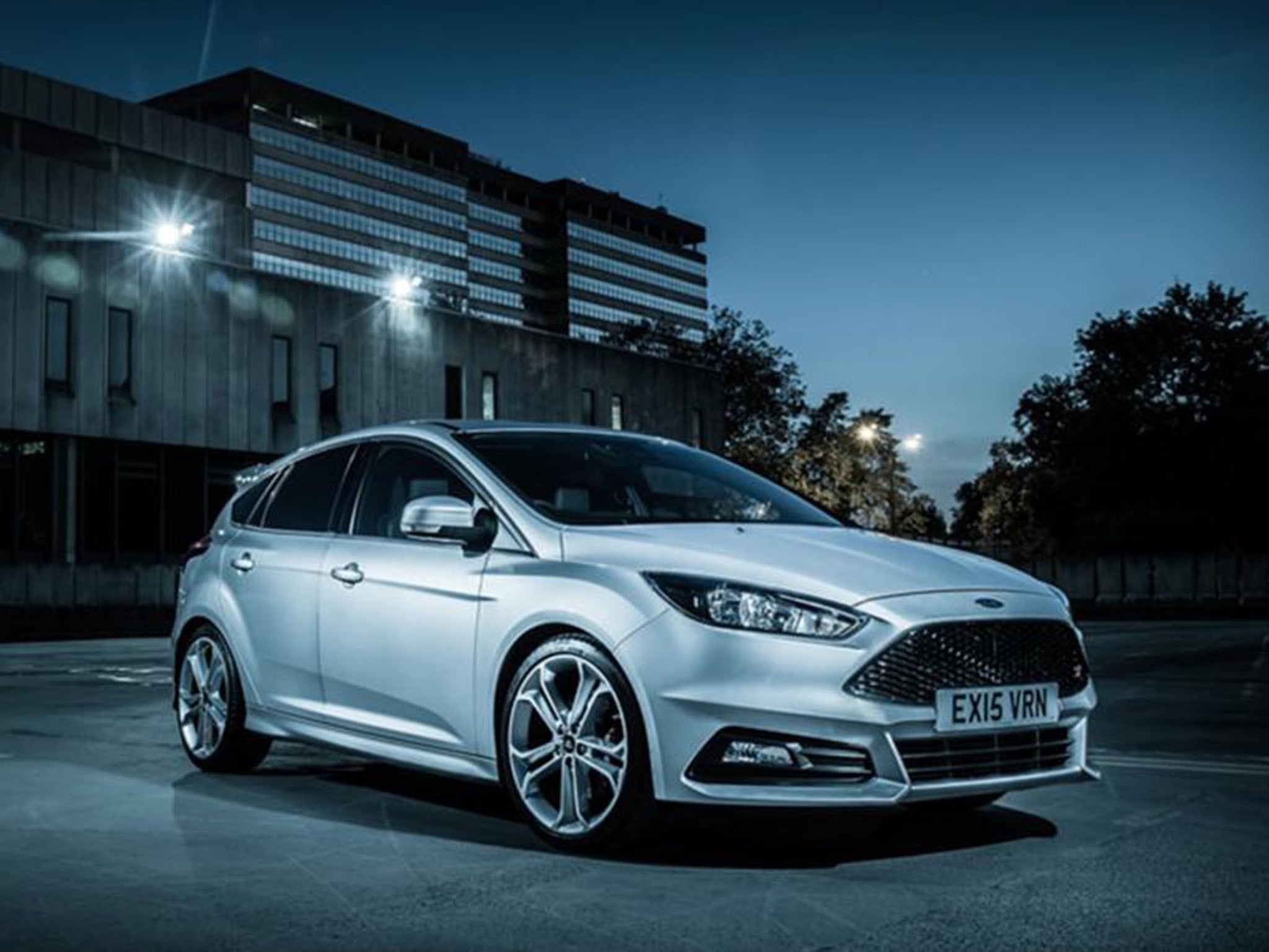 ford focus st ford cranks it up with a new weapon in the hot hatch war the independent