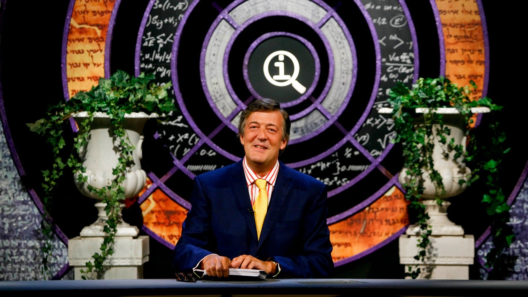 Stephen Fry quits QI: Sandi Toksvig to take over as host on BBC2