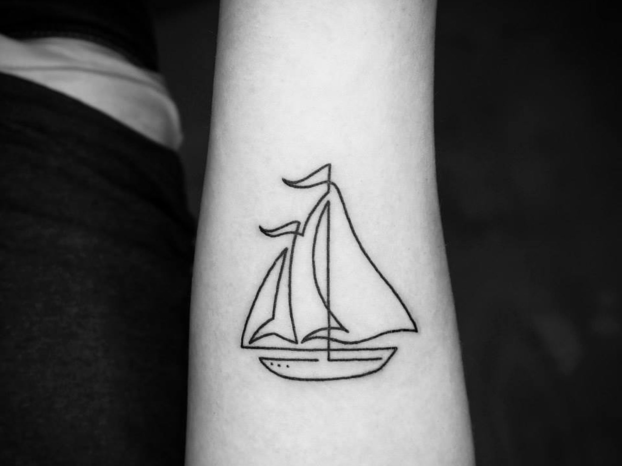 These Continuous Line Tattoos Are Beautiful In Their