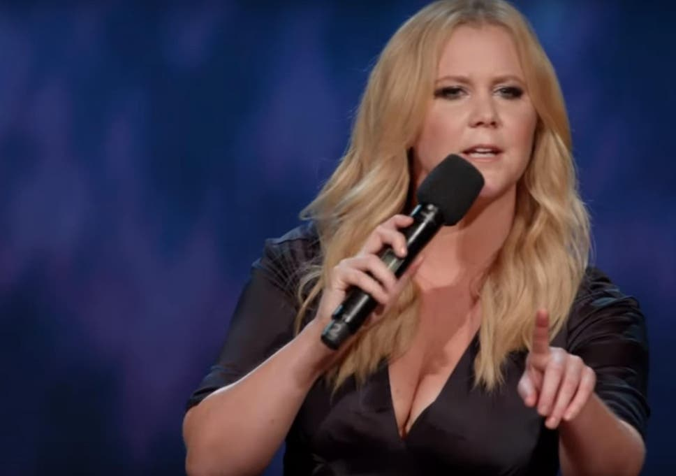 Amy Schumer Live At The Apollo Round Up Trainwreck Actress Hits
