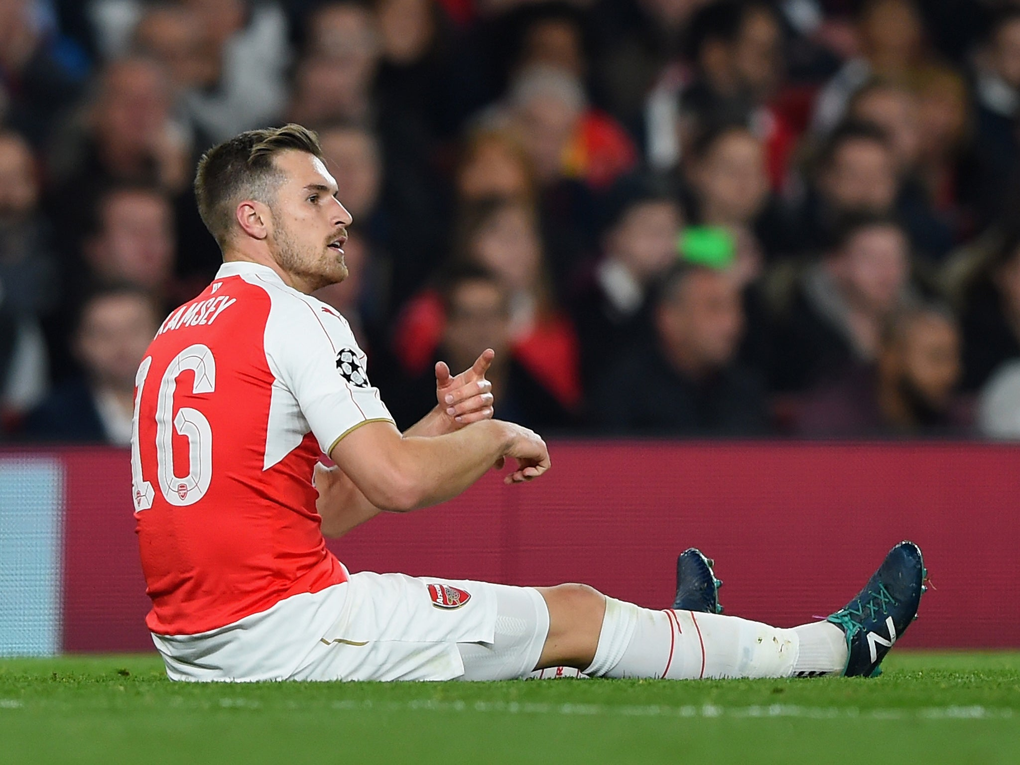 Aaron Ramsey injury latest Arsenal midfielder could be out for up