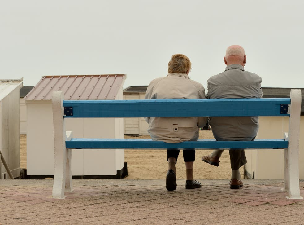 Men are continuing to close the life expectancy gender gap