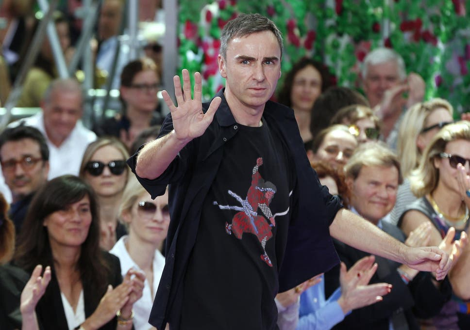 0e1fad7830cf Raf Simons parts ways with Christian Dior