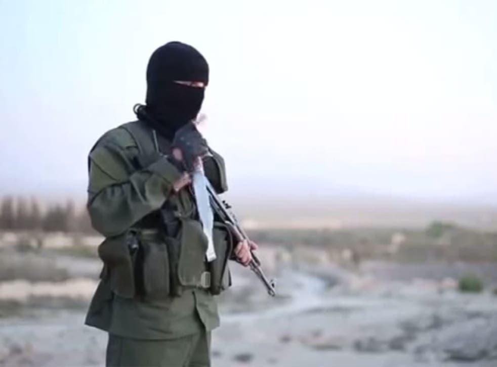 Isis militant appears in video speaking fluent Hebrew, threatening Israel