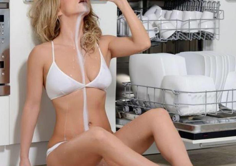 Sexy nude drink milk, bukkake deluxepass com