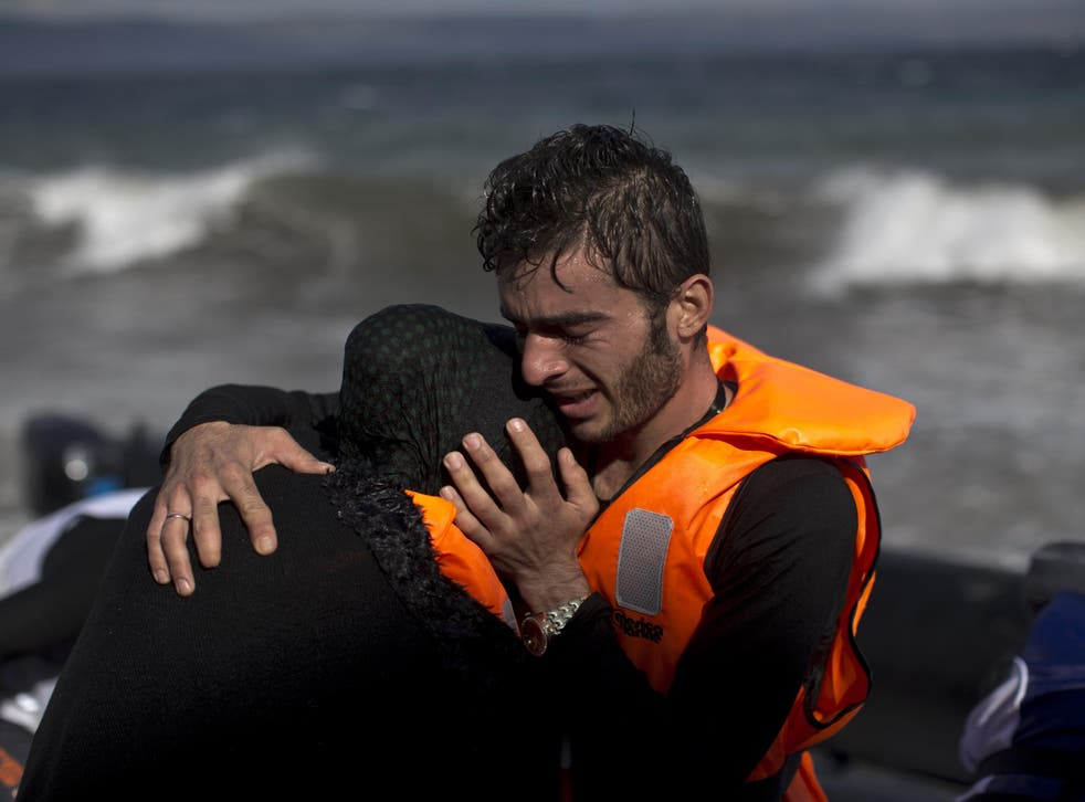 11 refugees - four of them babies - died on refugee journey from Turkey to Greece