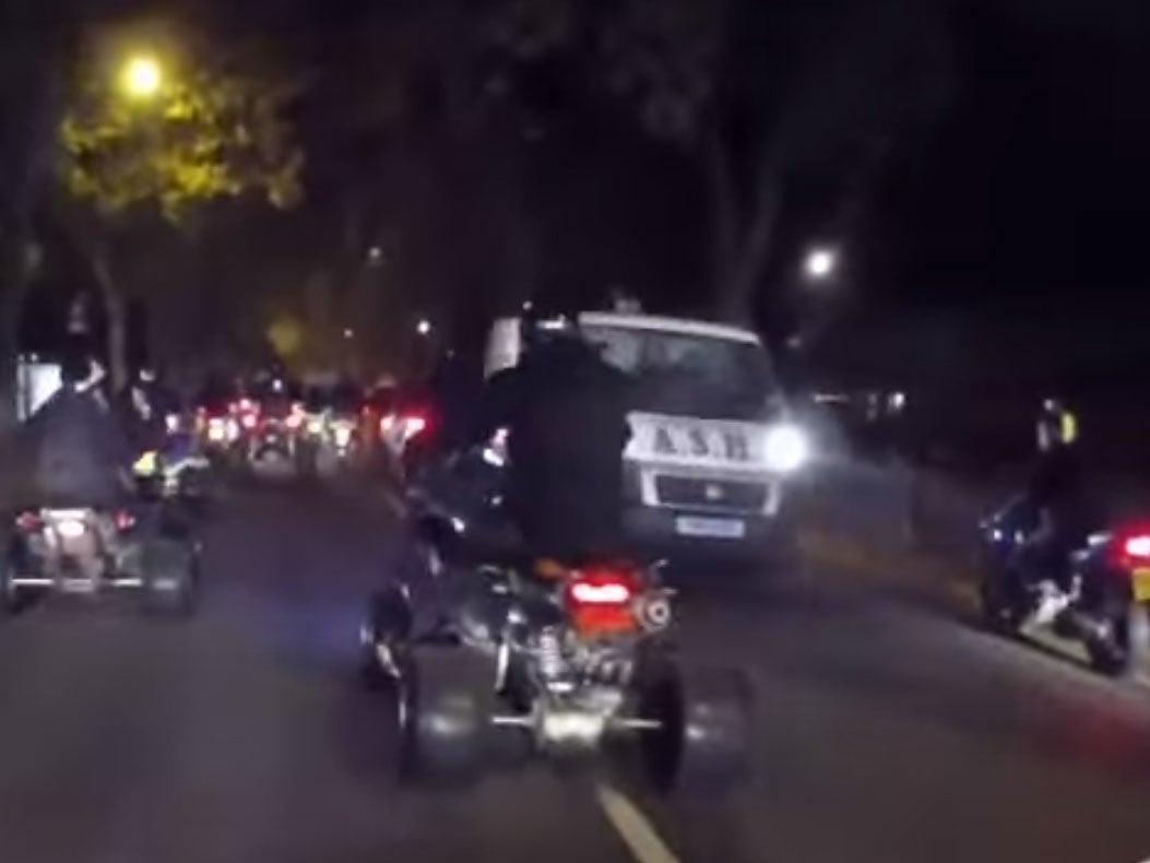 Bangbrosonline halloween ride-out: 200 bikers cause havoc in london