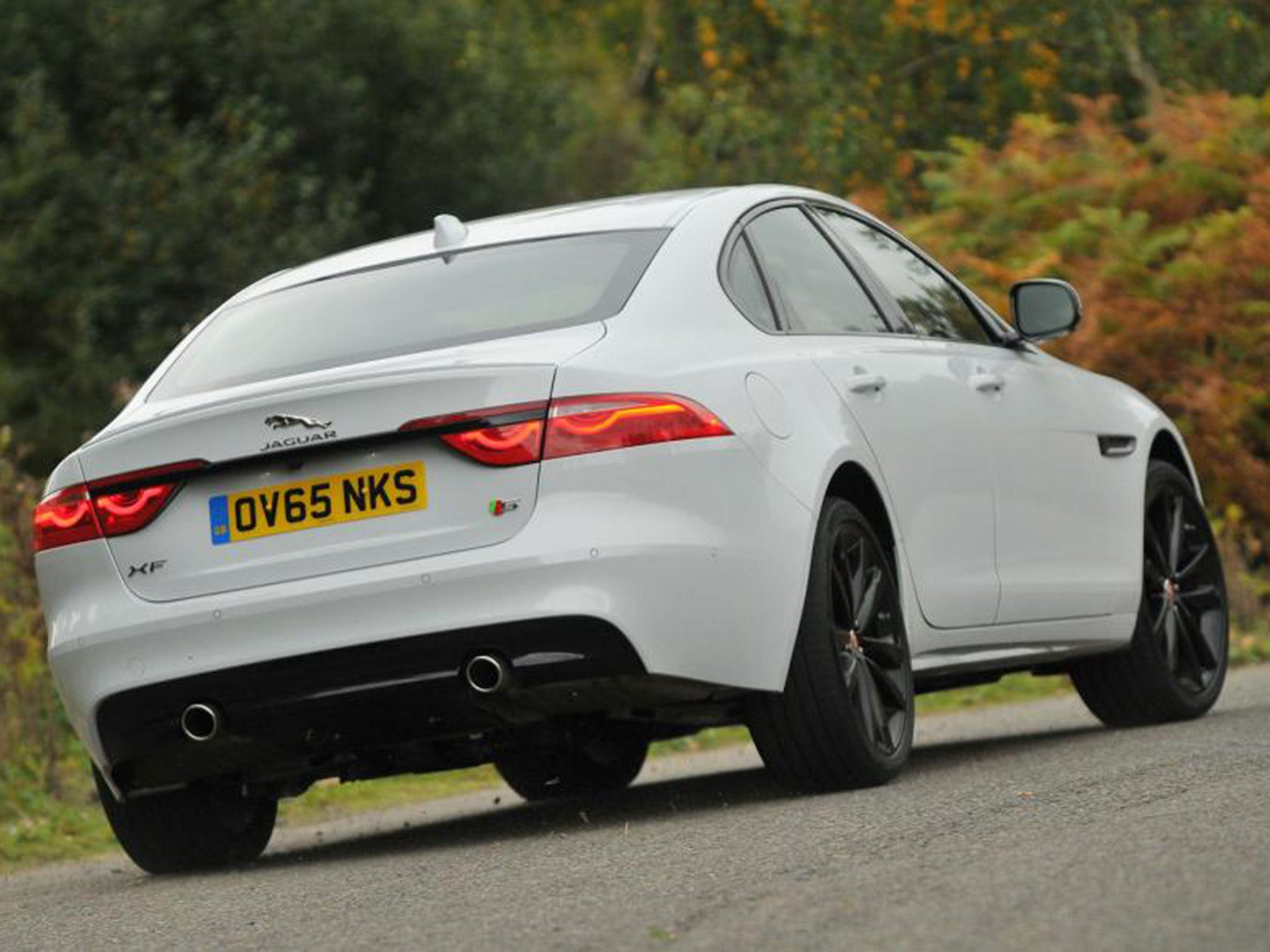 2015 Jaguar XF 3 0 TDV6 S UK car review The new exec proves itself