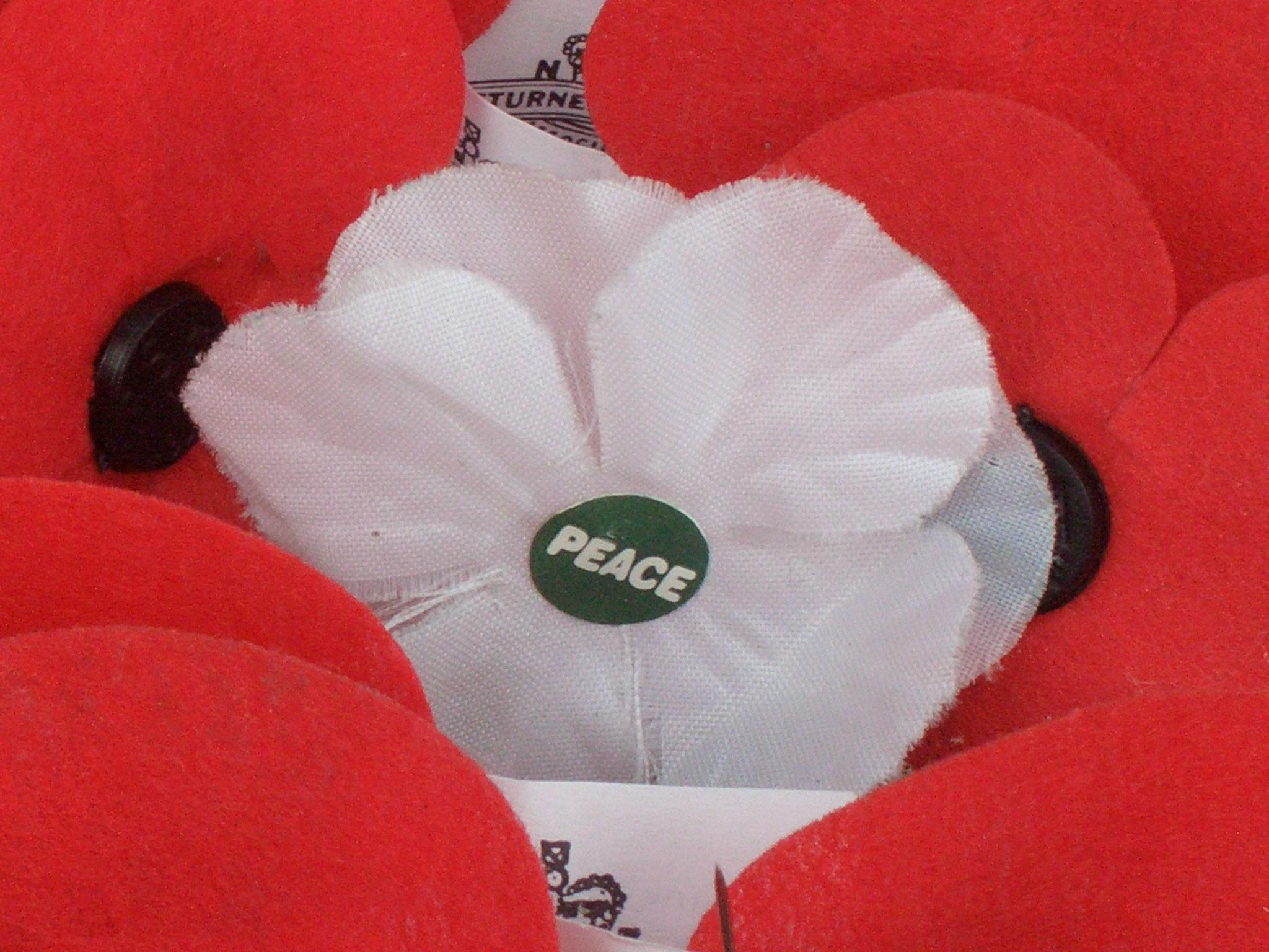 Remembrance Day 2018 Why Do Some People Wear A White Poppy The