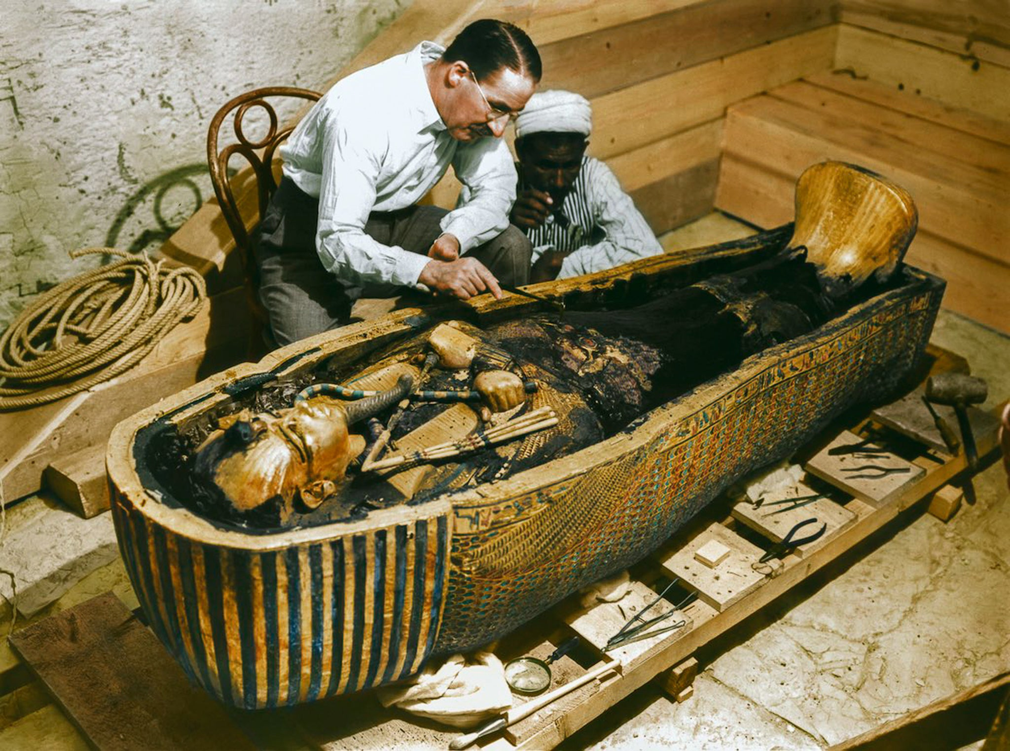 Hidden chamber' in Tutankhamun's tomb is 'full of treasures' | The ...