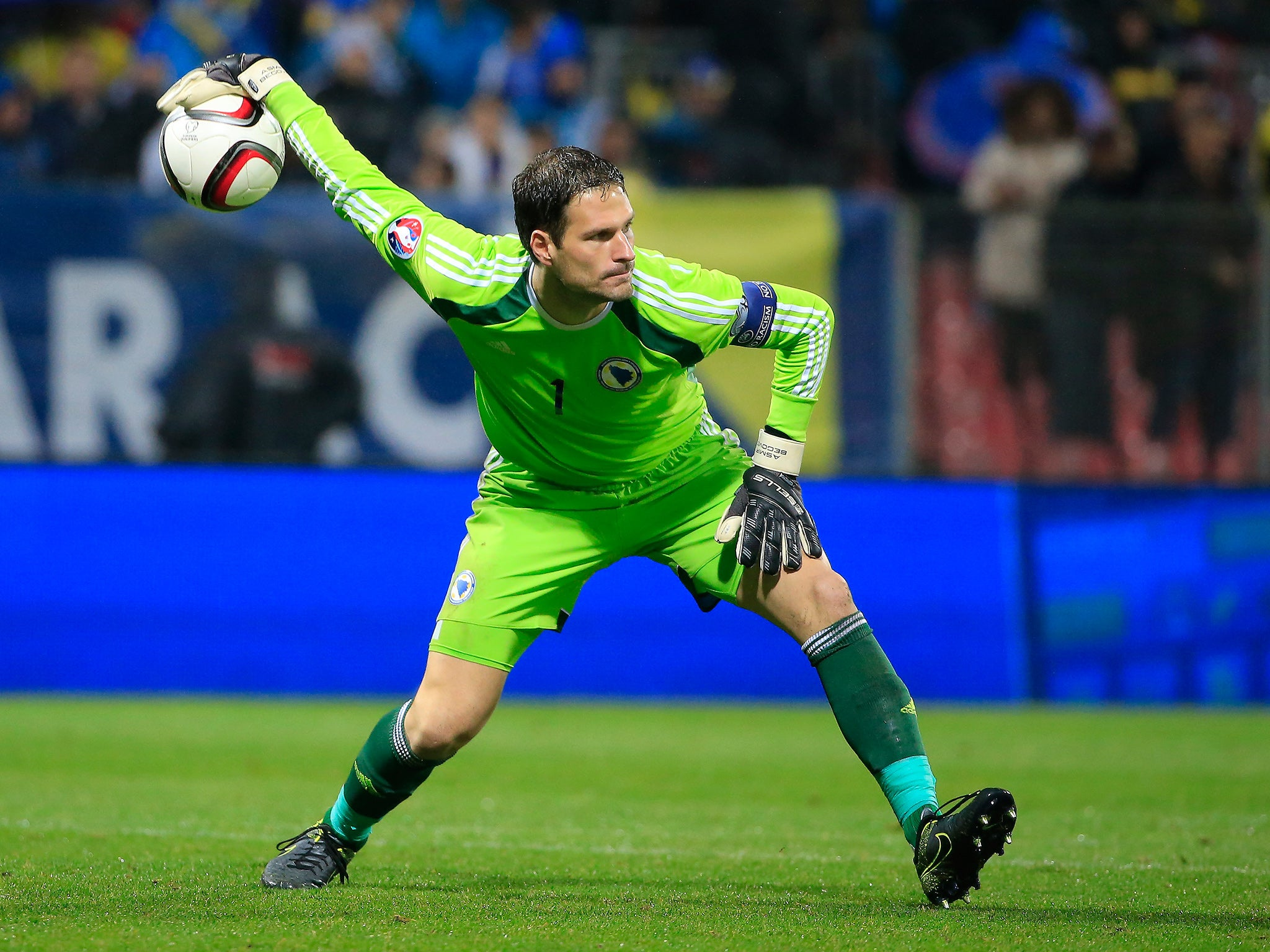 Asmir Begovic hopes his positive energy can rub off on Chelsea