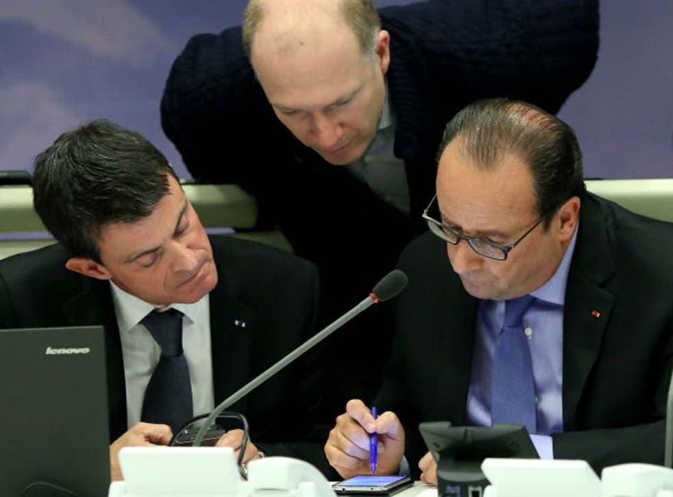 Manuel Valls (left) with President Francois Hollande
