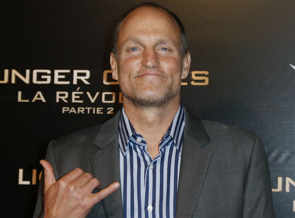 Woody Harrelson promotes The Hunger Games: Mockingjay Part 2 in the only way he knows how