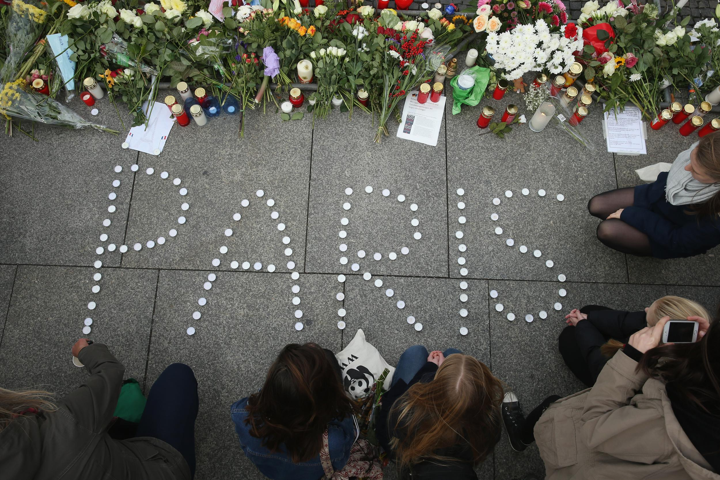 12 people were killed in a terrorist attack on the editors of the French magazine 07.01.2015 26