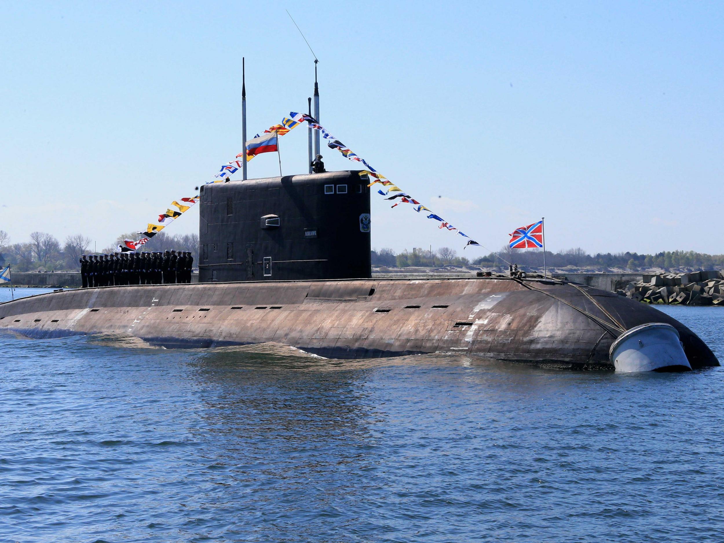 British sailors noticed Russian submarines in the Mediterranean Sea 10/30/2016 5