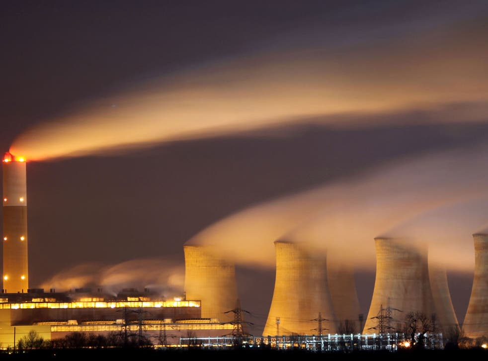 The coal fuelled Cottam power station generates electricity on November 30, 2009 in Retford, Nottinghamshire, United Kingdom