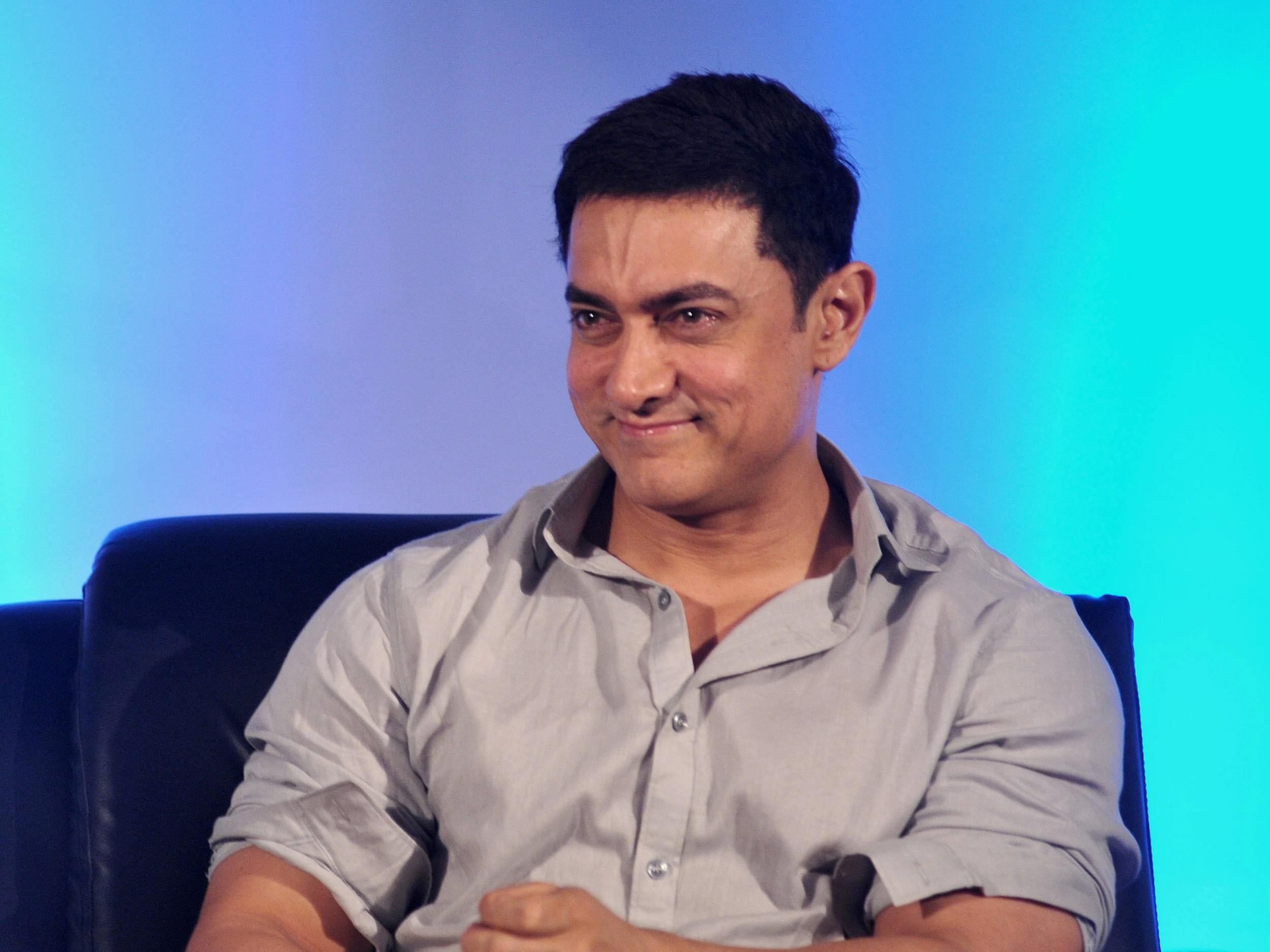 Bollywood Actor Aamir Khan Claims He S Alarmed Over India S Apparent Climate Of Intolerance