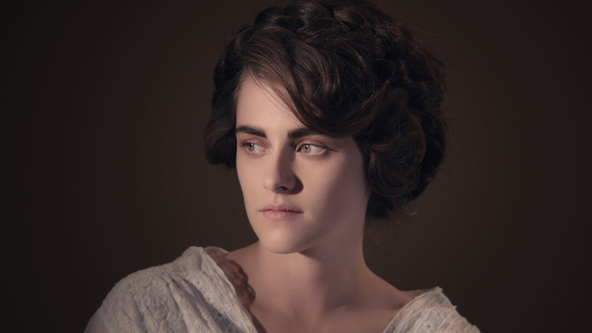 kristen stewart takes on coco chanel in trailer for karl lagerfeld 39 s short film once and forever. Black Bedroom Furniture Sets. Home Design Ideas