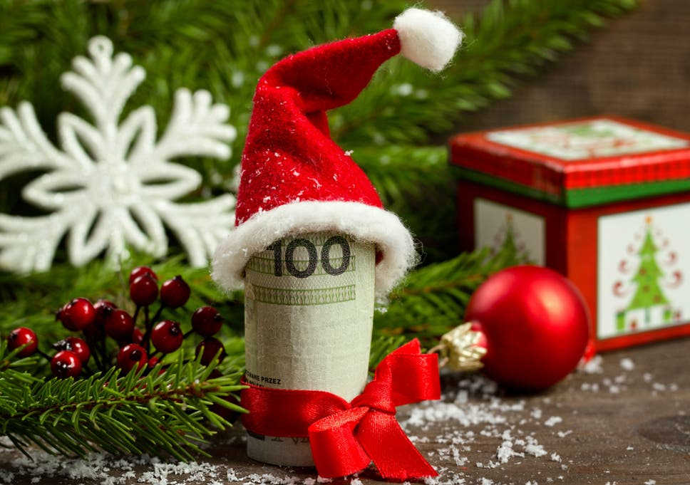 Christmas shopping on a budget for the cash-strapped student, 7 ...