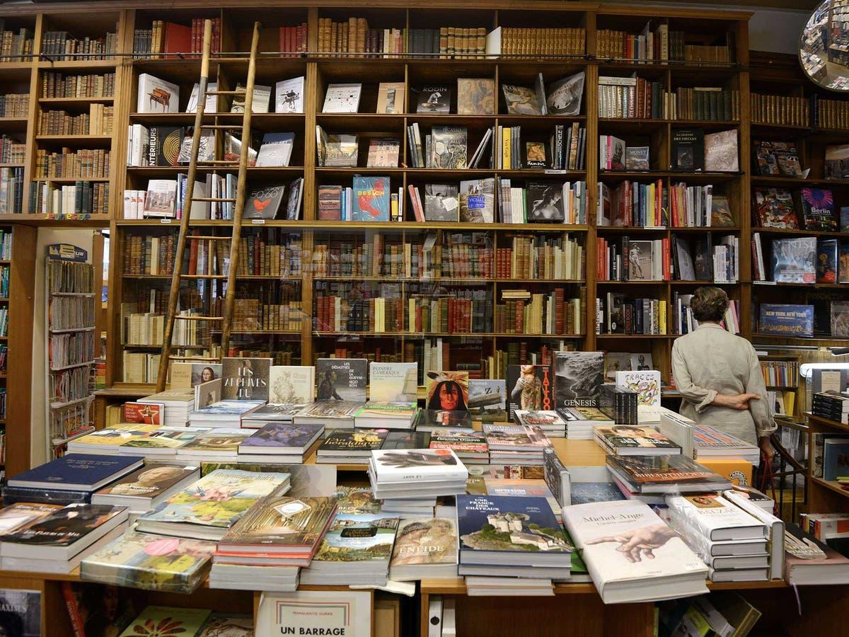 More publishers fail as e-books rise