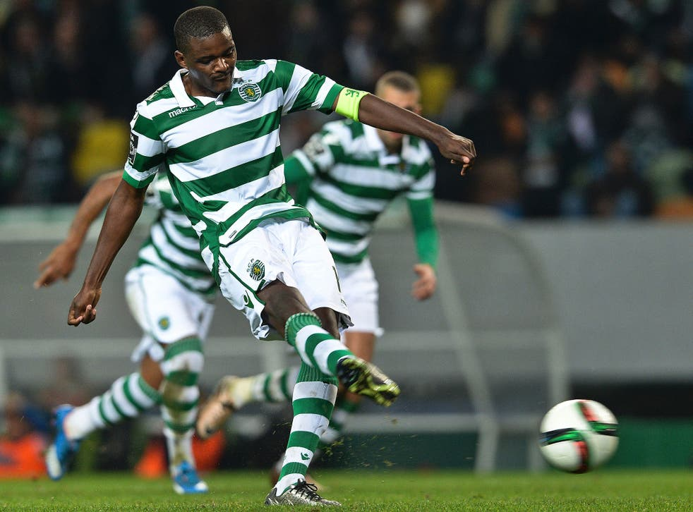William Carvalho scores a penalty during Sporting Lisbon's victory over Belenses