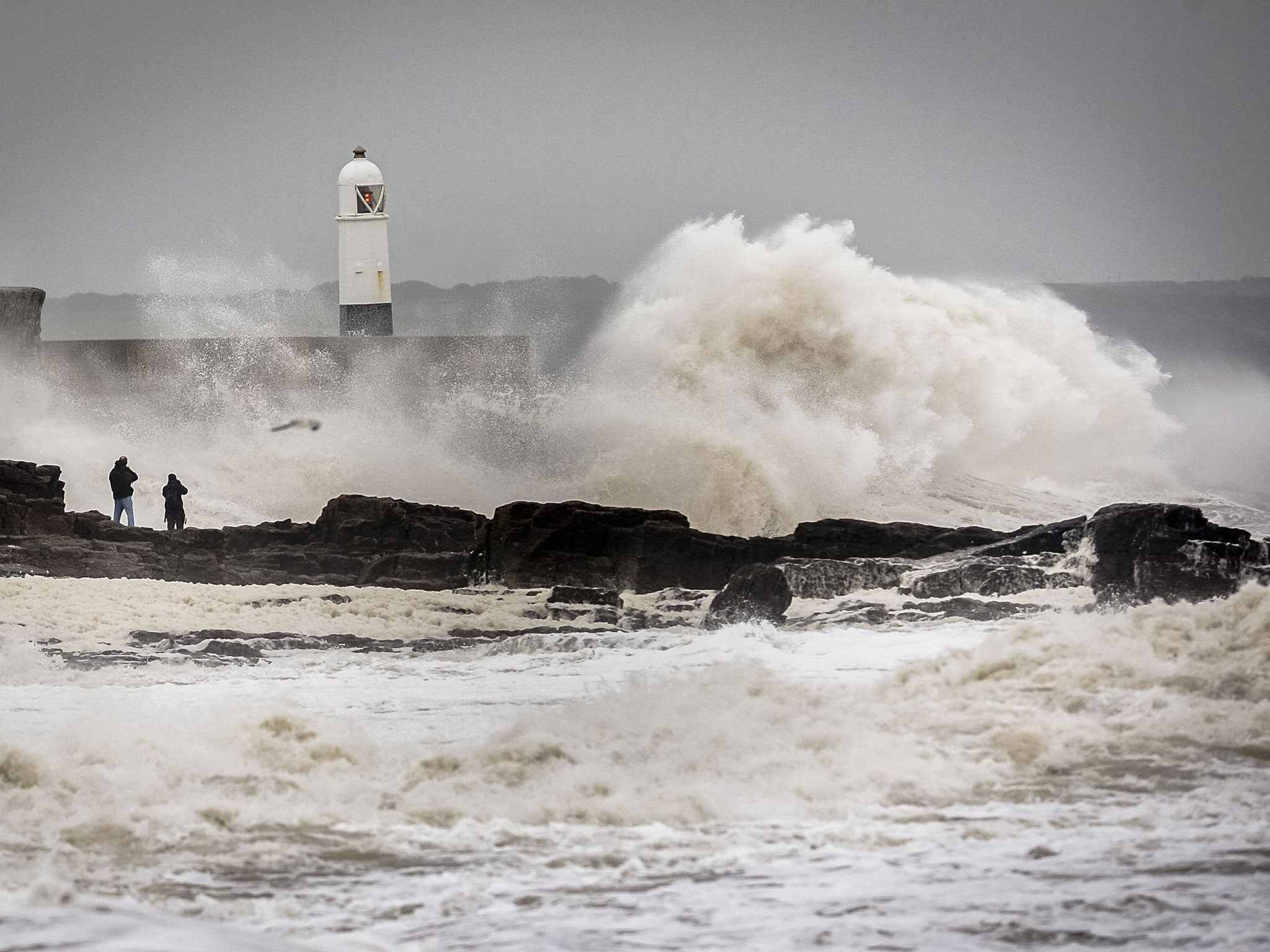 Storm Desmond: Further severe weather warnings issued for week ahead ...