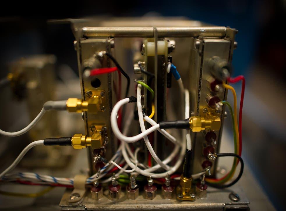 The materials can be used to create tiny atomic clocks the size of microchips
