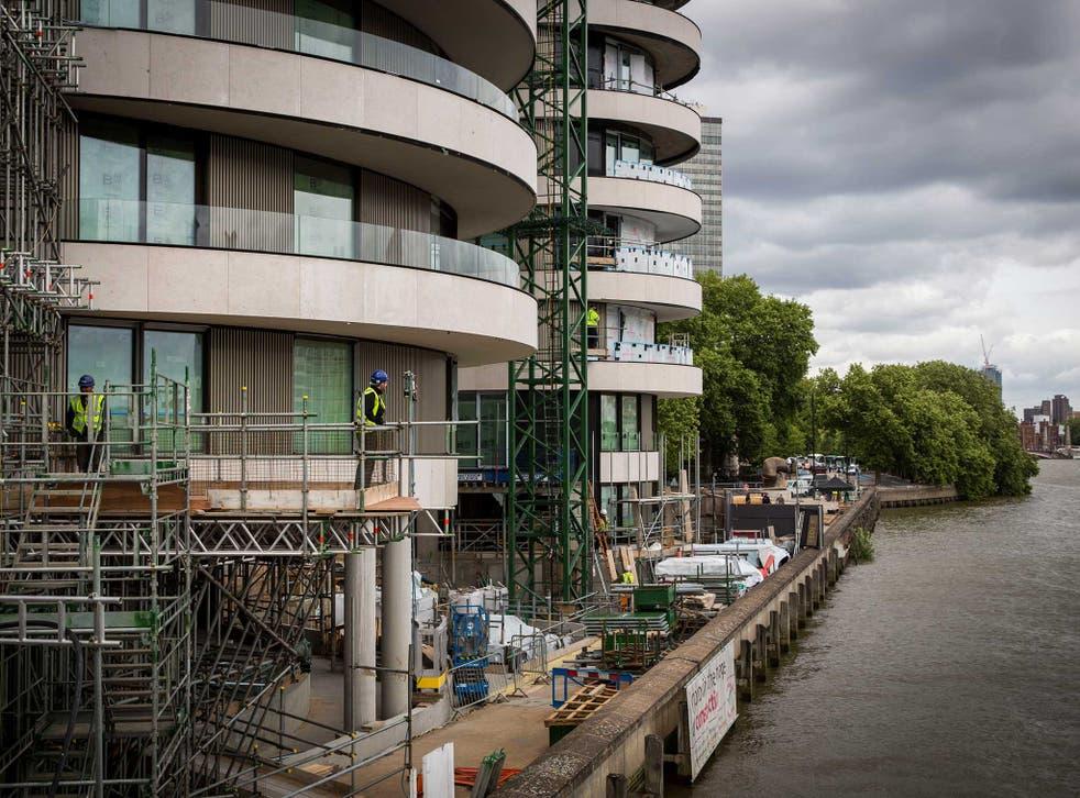 London's Riverwalk, a 116-luxury apartment building, is under construction by Vauxhall Bridge