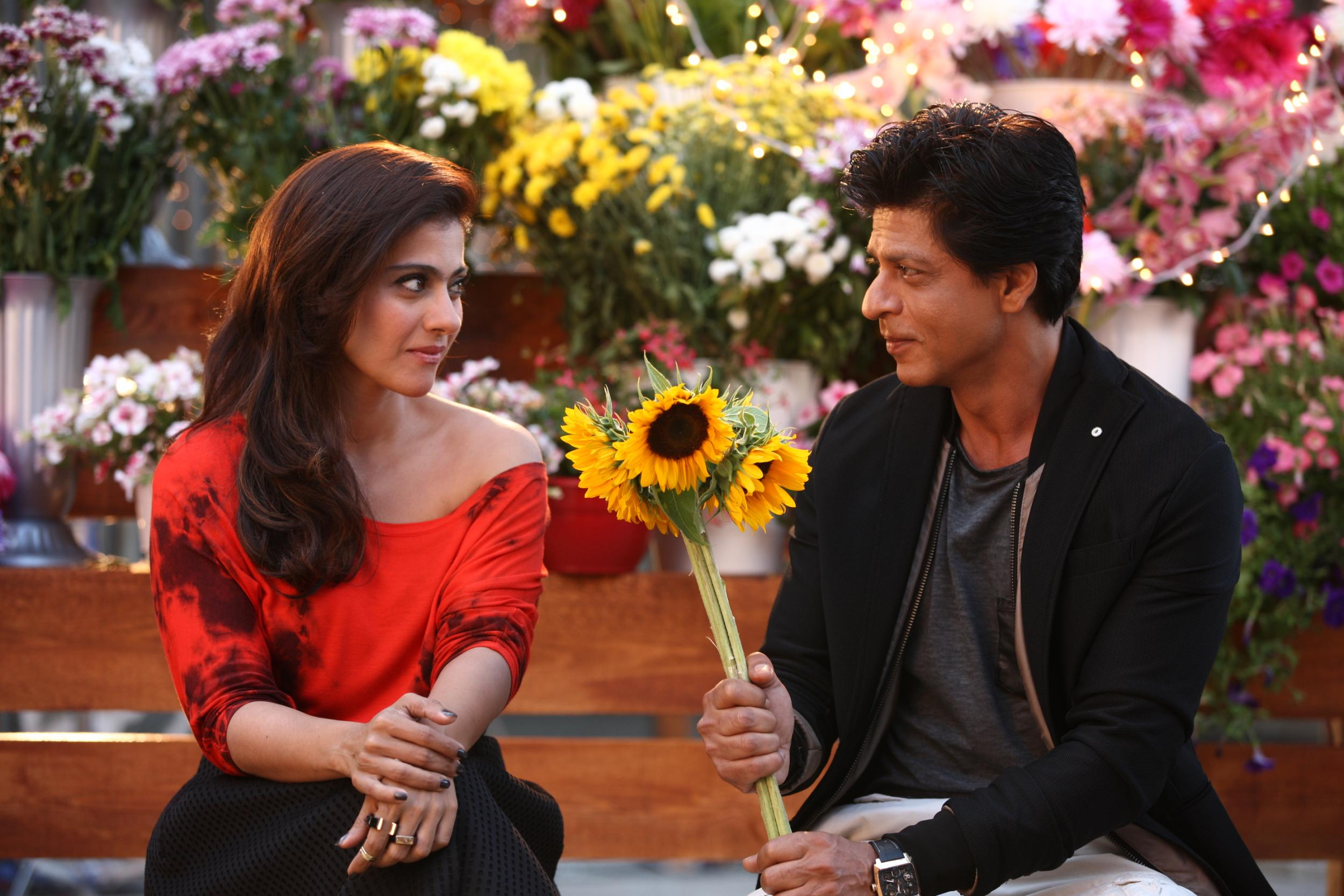 Dilwale film 2015 the bollywood movie trying to break into it was a very interesting love story for kajol and i and its been many years since both of us have been in a completely commercial film mightylinksfo