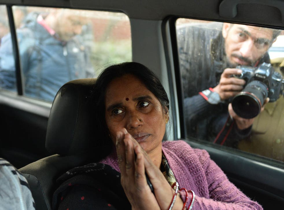 The mother of Indian gang rape victim 'Nirbhaya' before the protest of held to protest the release of a juvenile rapist