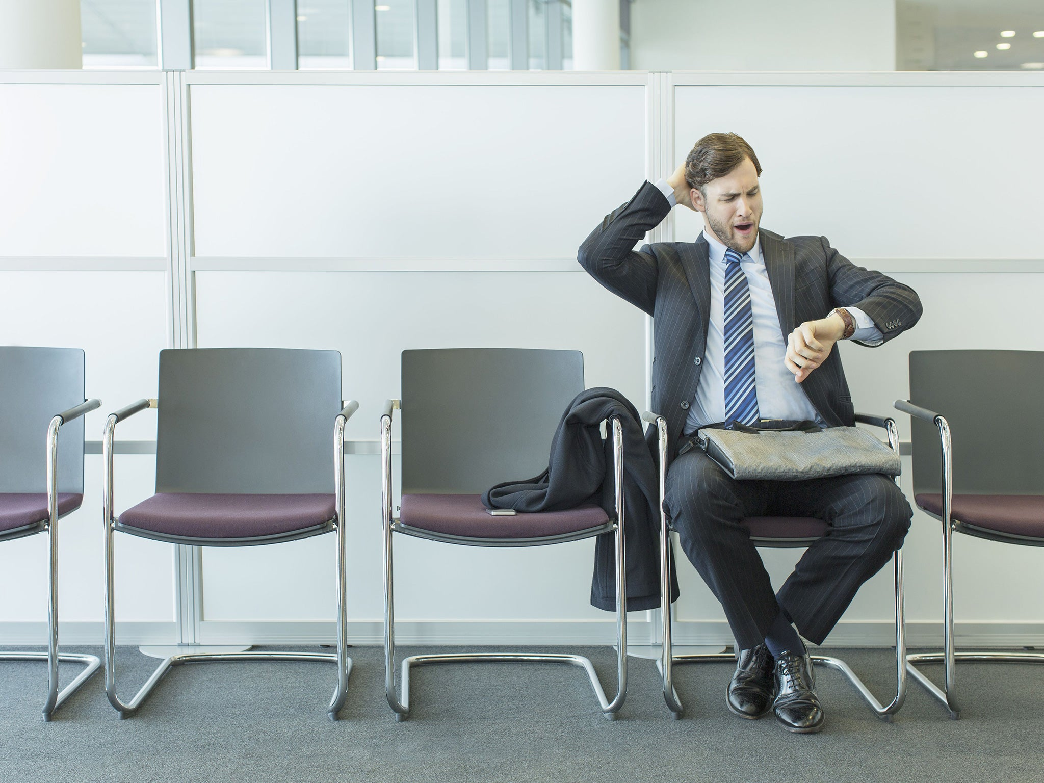 17 signs your job interview is going badly | The Independent