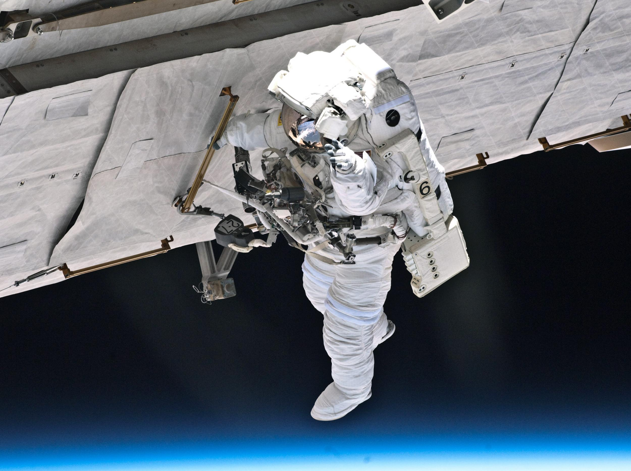 nasa space walk live - photo #42
