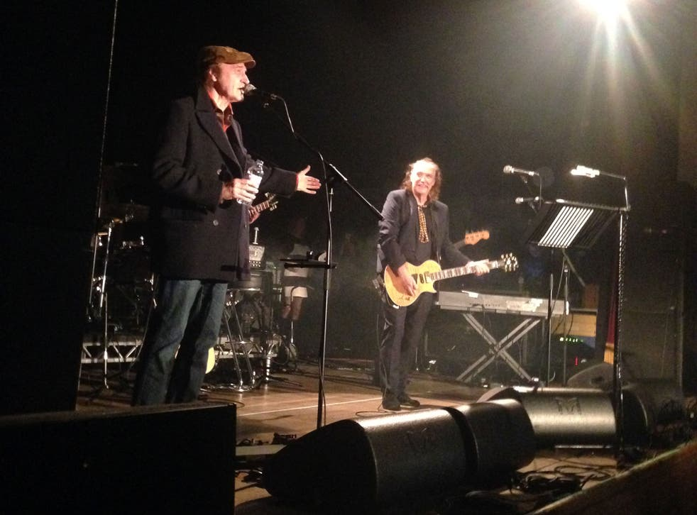 They seek him here: Ray Davies back on stage with his brother Dave for the first time since 1996