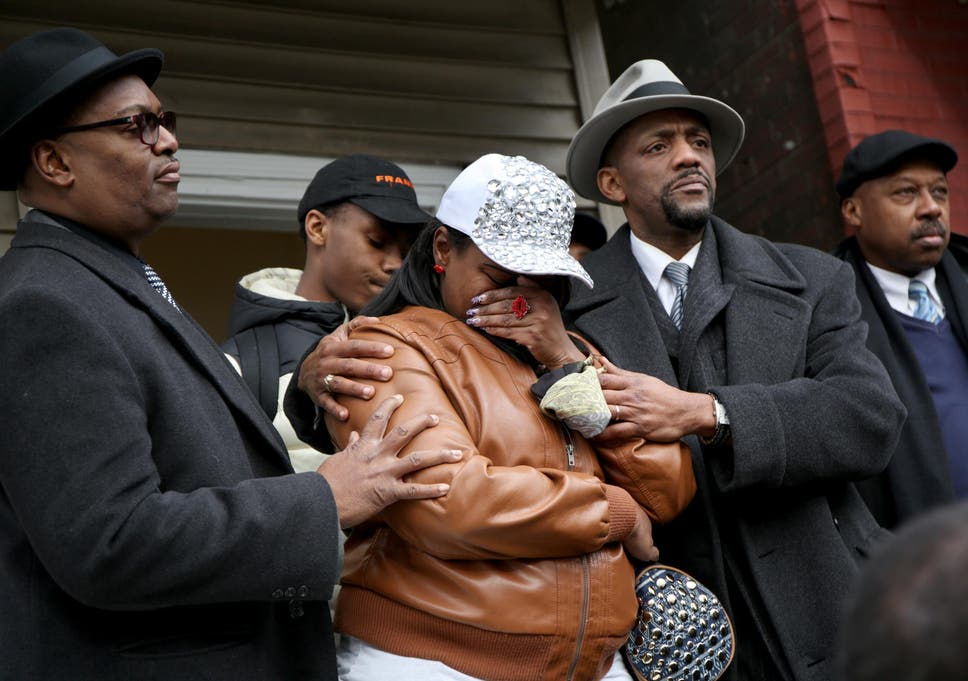 55 Year Old Woman Shot And Killed By Chicago Police After Enjoying Excellent Christmas Day With Family
