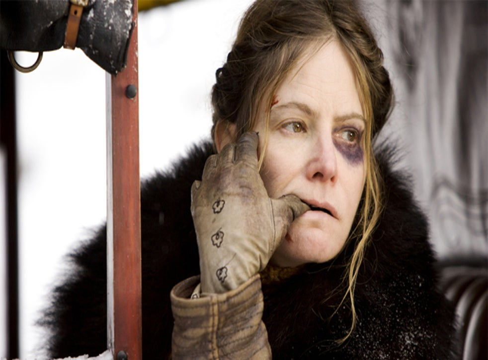 The Hateful Eight Kurt Russell Insists His Character S Violent Treatment Of Jennifer Jason Leigh S Isn T Misogynistic The Independent The Independent