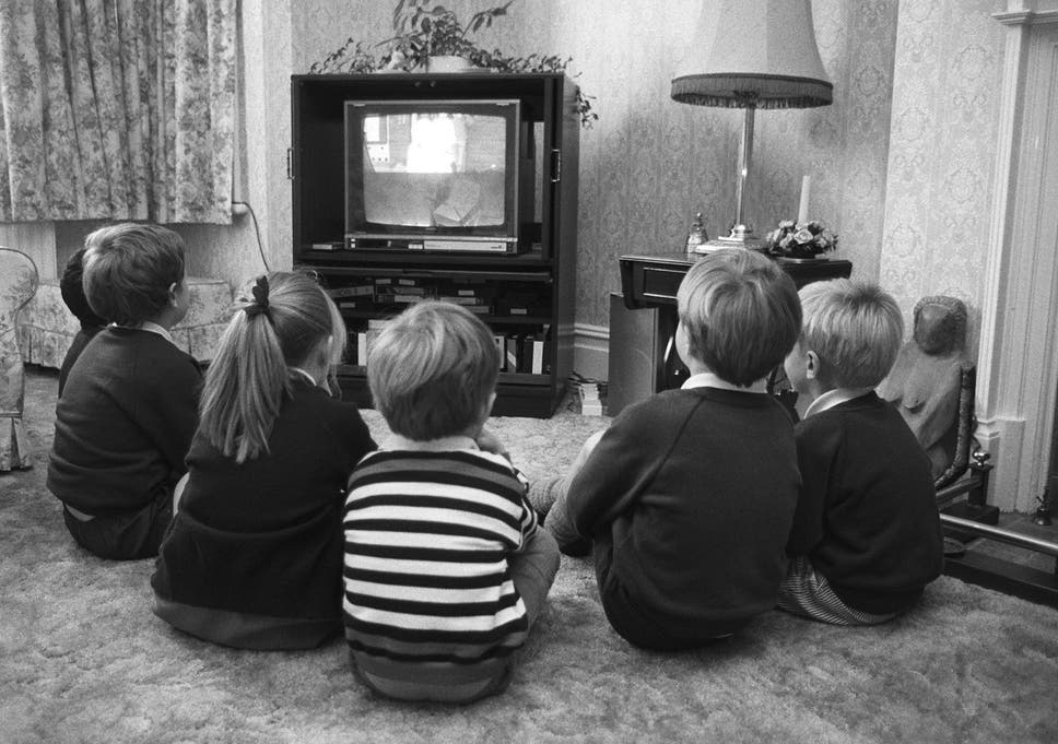 Thousands In Uk Still Watching Black And White Tv New Figures Show