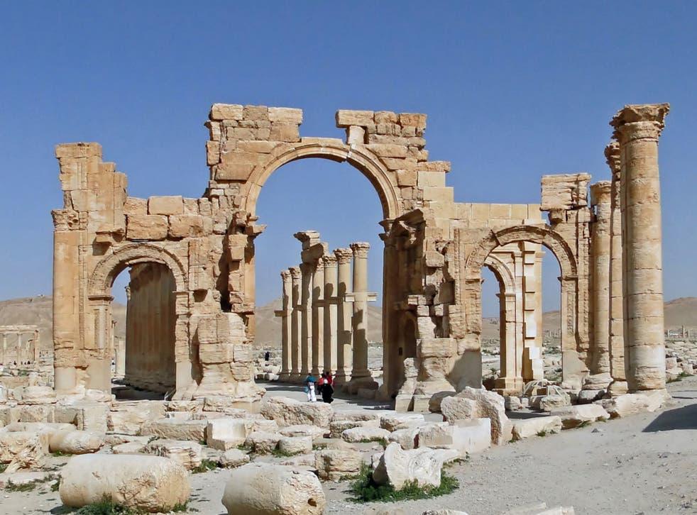 Palmyra's historic monumental arch.