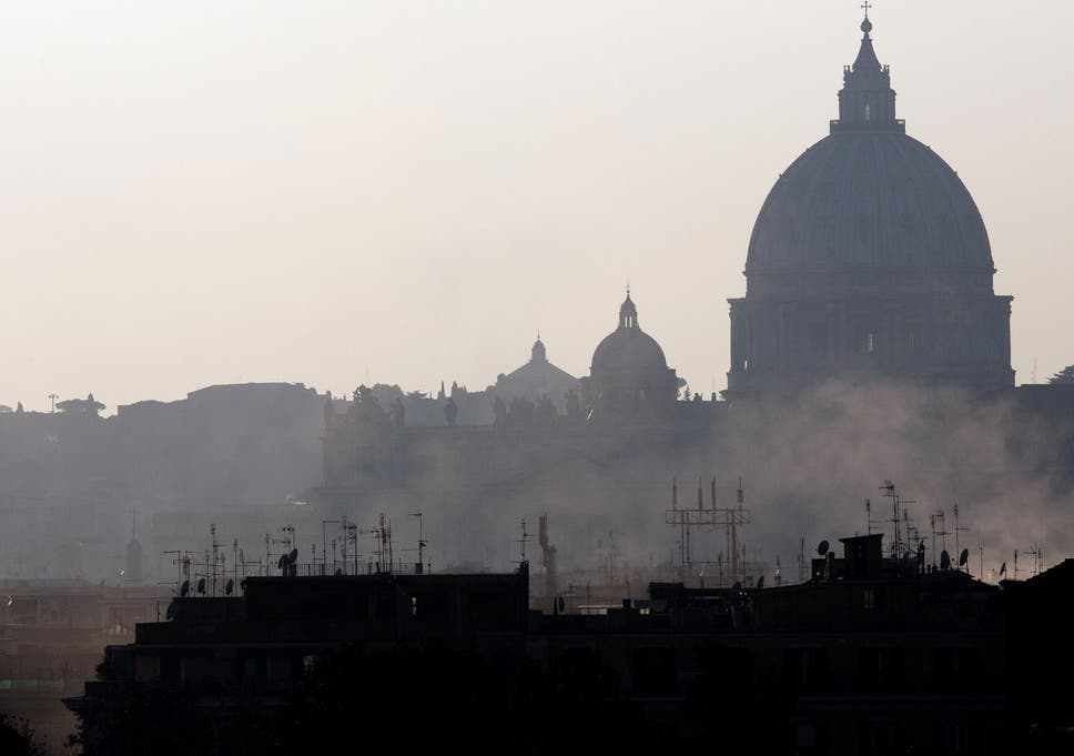 Rome and Milan ban cars from roads in battle against air pollution