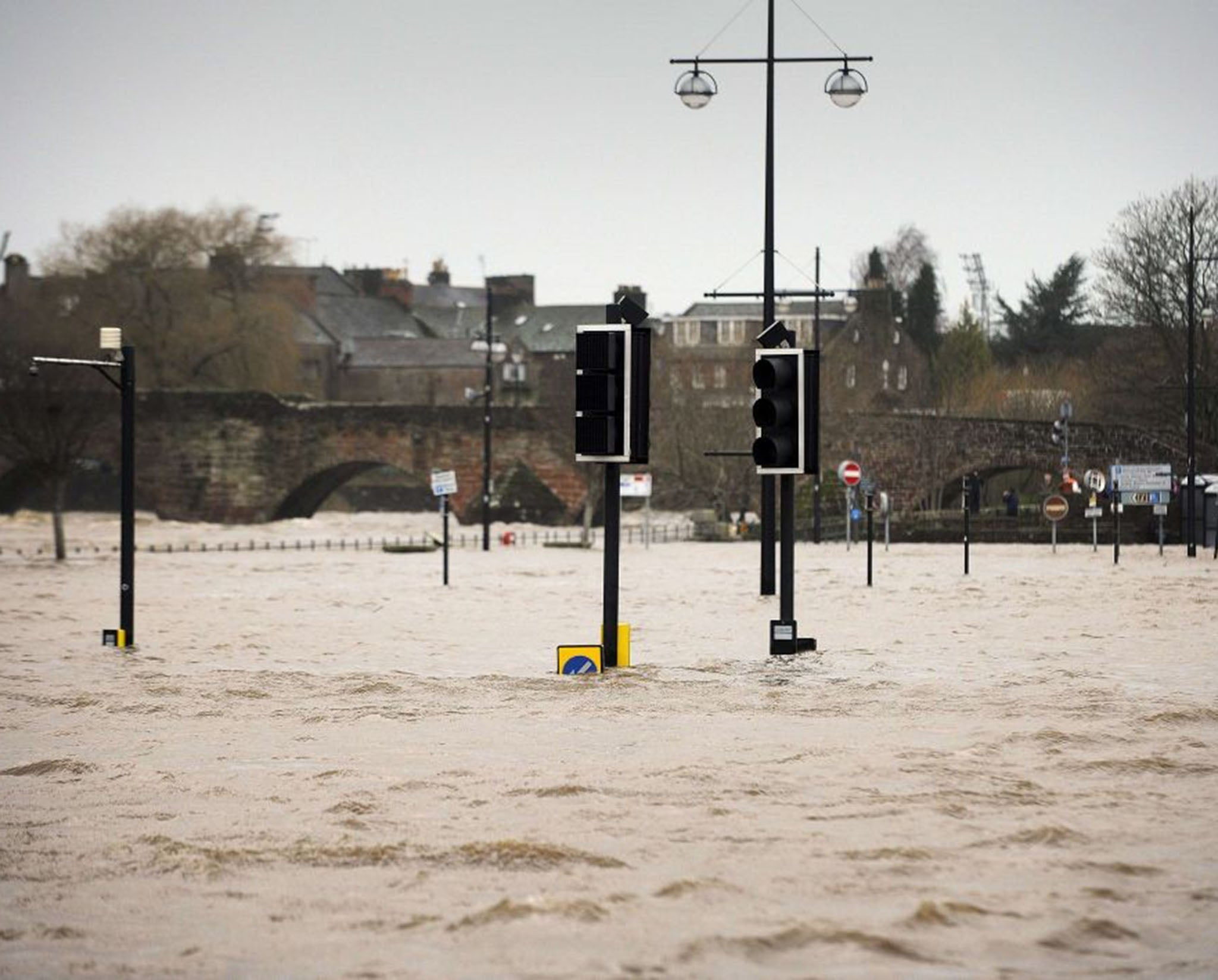 UK flooding driven by soaring temperatures in Greenland, study says
