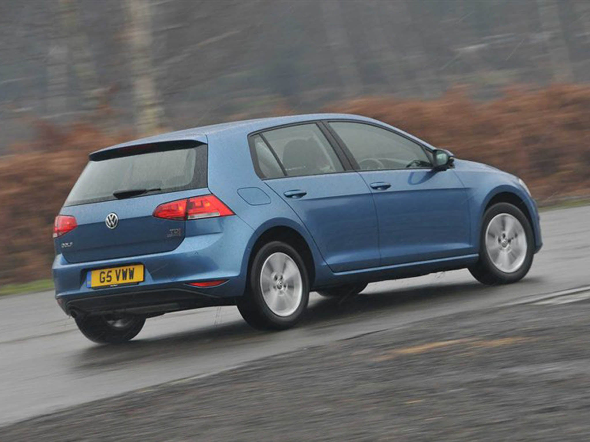 Choose an engine to get excited about, and the Golf will give you the  handling to match. But versions with the smallest petrol and diesel engines  have a ...