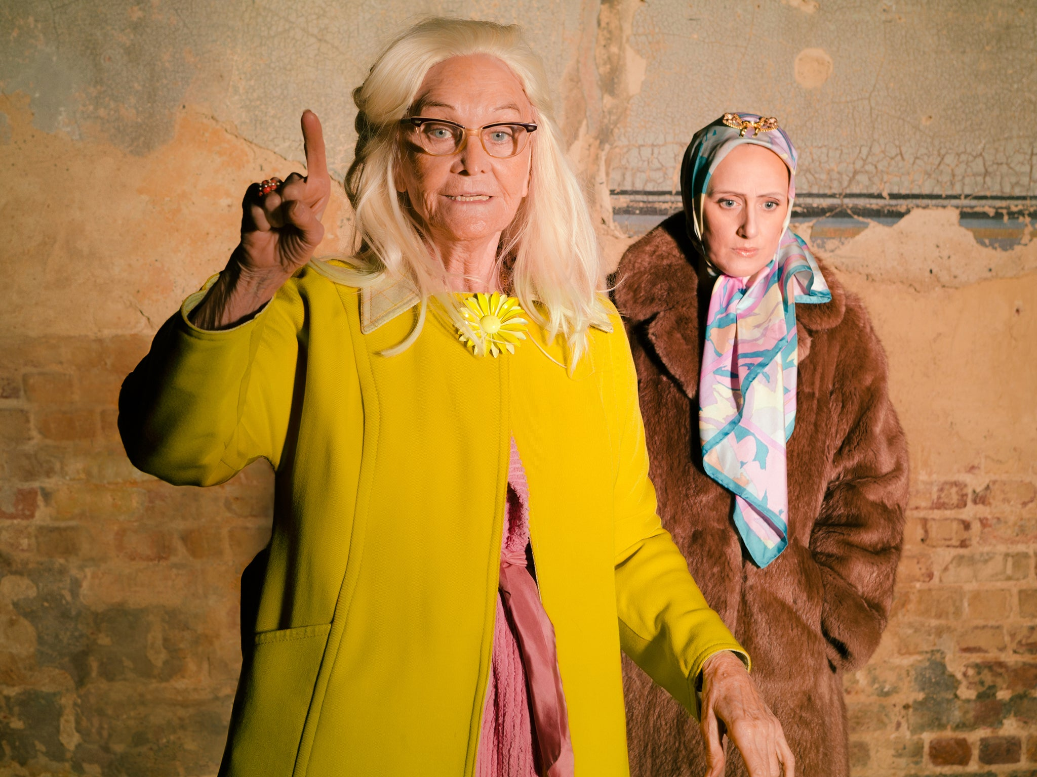 Grey Gardens: Jackie Kennedy's eccentric cousins spawn hit musical of 1975 documentary | The Independentindependent_brand_ident_LOGOUntitled