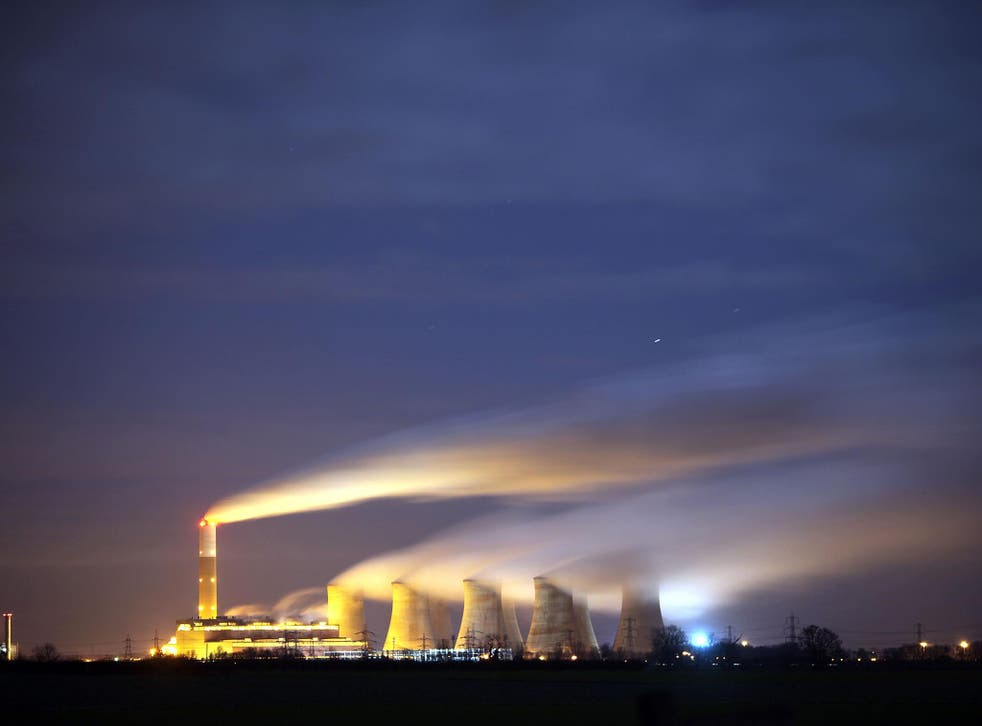 Leaders from 195 countries have agreed the first universal, legally binding deal to cut carbon emission