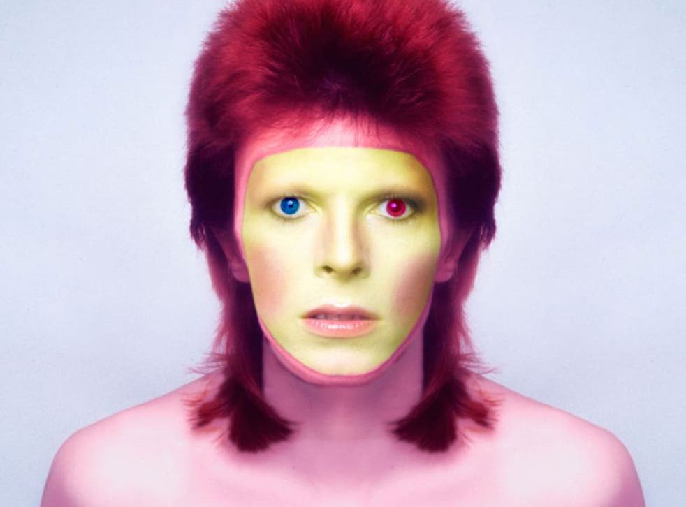 Bowie apparently thanked his friend for his unique eye look in later years