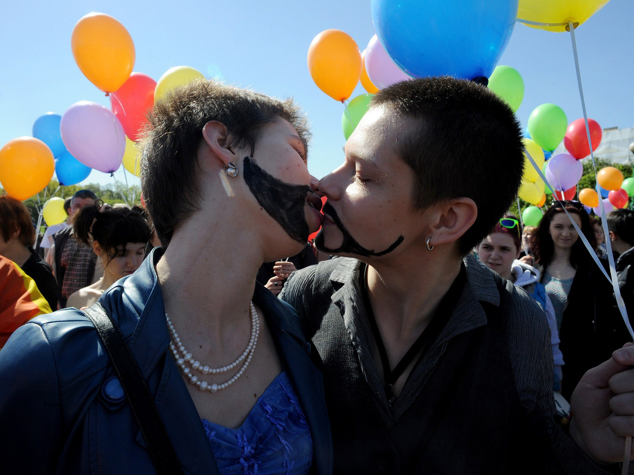 Russia criminalising homosexuality