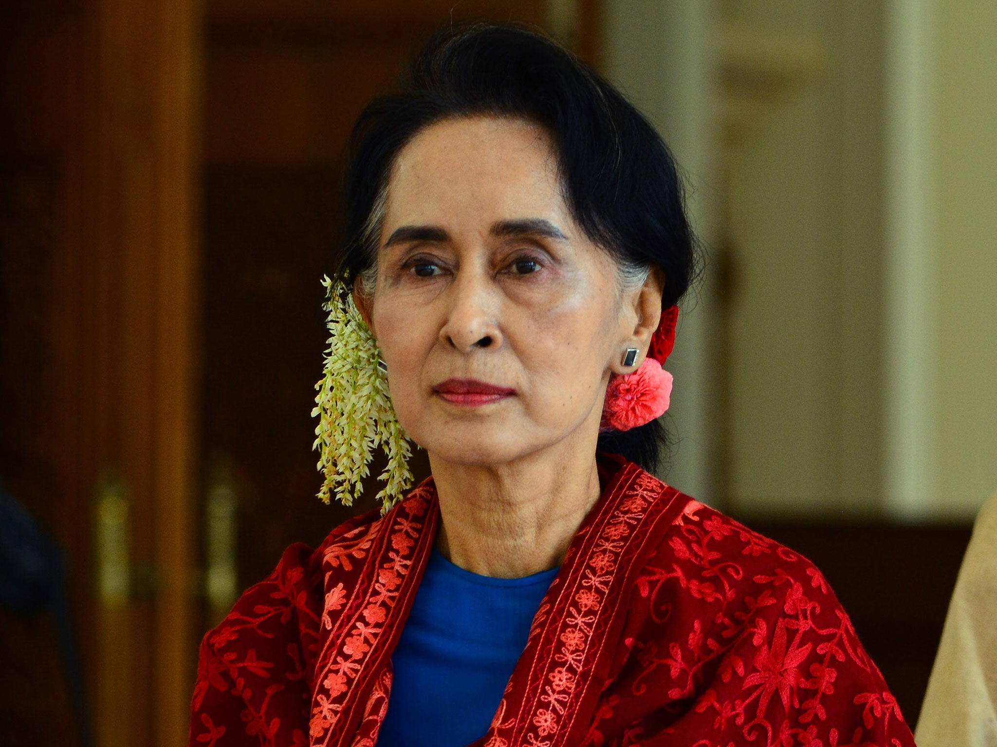 Aung San Suu Kyi says Burmese children are 'wasting time ...