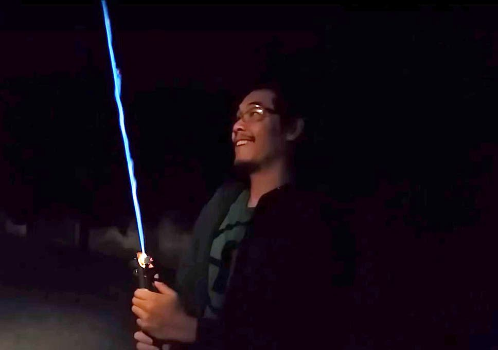 Star Wars fan makes his own lightsaber and posts YouTube video | The ...