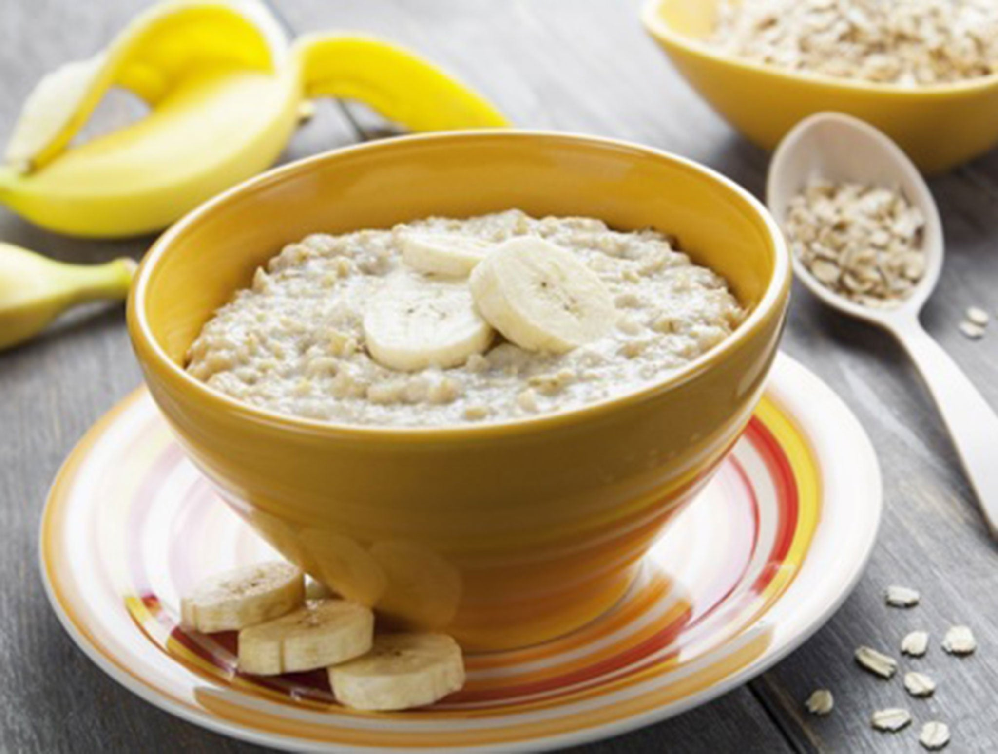 Eating porridge reduces your chances of dying from cancers, finds major Harvard University study
