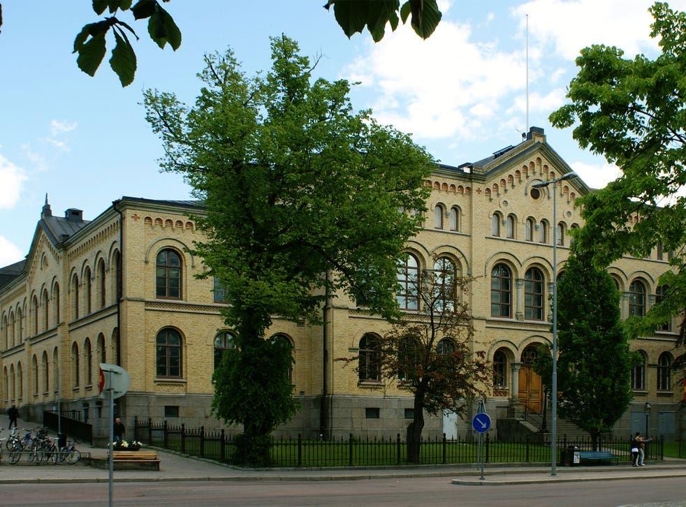 File: The Tingvallagymnasiet school in Karlstad, Sweden