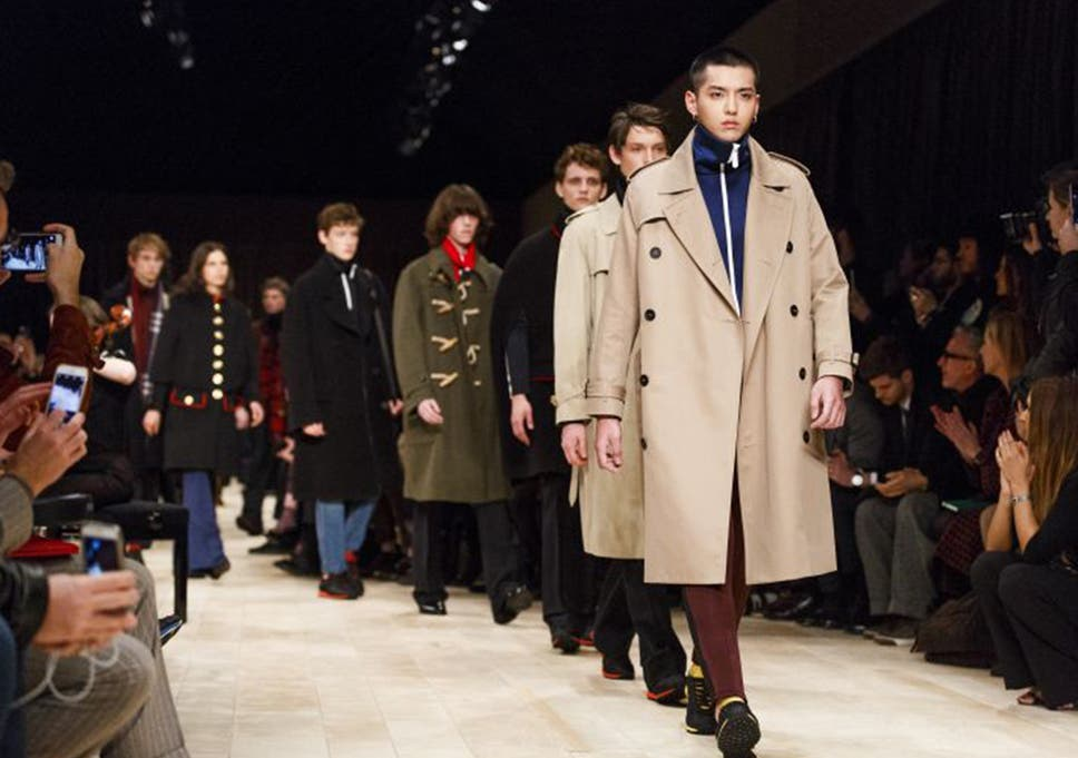 3a5fc451d9e0 Burberry plans to sell clothes straight off the catwalk